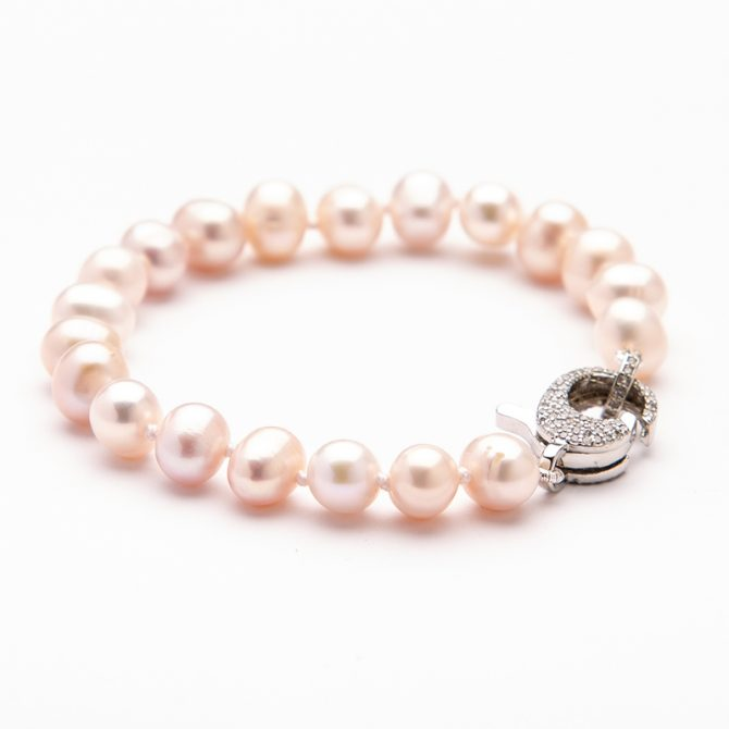 B-PS-2 SEMI ROUND OYSTER PEARL PAVE CLASP BRACELET