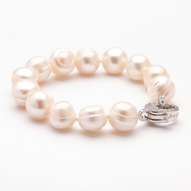 B-PS-25 12mm Ringed White Pearl Pave Clasp Bracelet